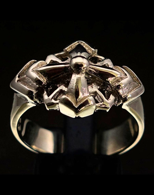 Sterling silver ancient Sumerian Symbol ring Star of Ishtar Eight pointed Chaos Cross high polished and antiqued 925 silver