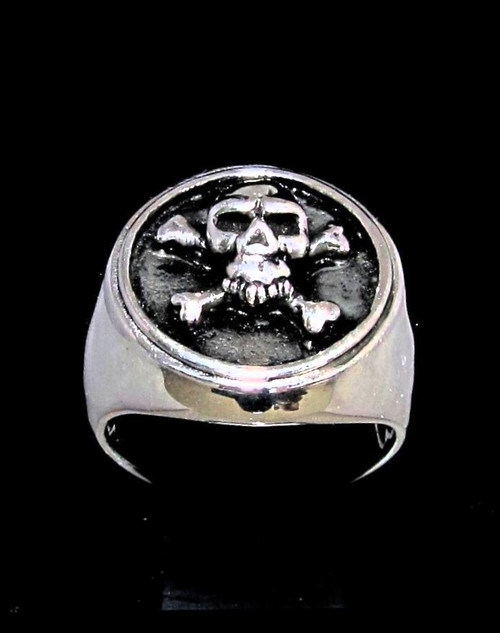 Round Silver men's ring Pirate Skull on Crossed Bones antiqued 925 Sterling silver