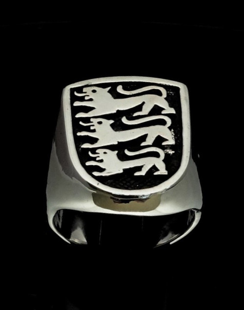 Antiqued silver English Flag ring Three Lions England on shield 925 Sterling silver