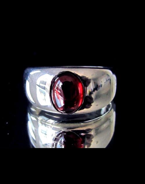 Sterling silver Gemstone ring with a Natural Dark Red Garnet 925 silver