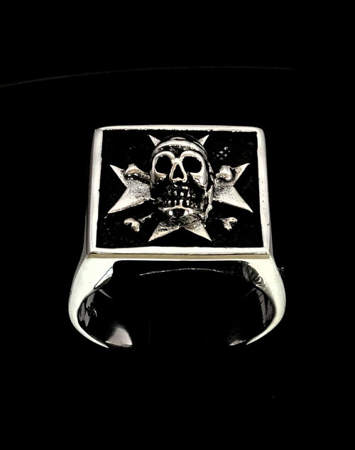 Antiqued Silver men's ring Maltese Cross and Skull Medieval high polished 925 silver