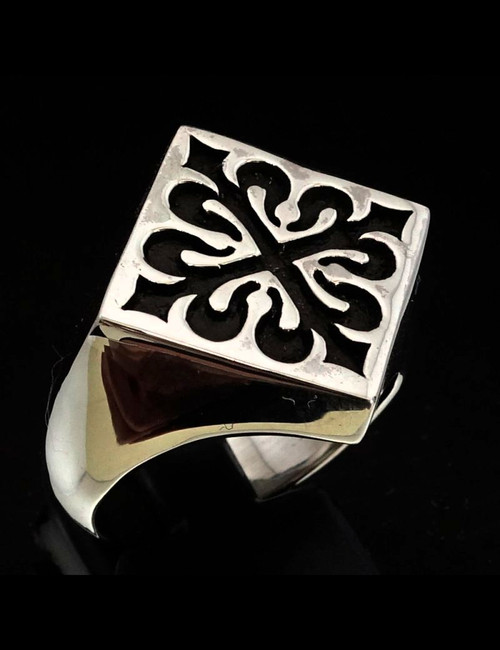 Sterling silver Medieval ring Fleur de Lis French Lily Flower symbol France antiqued 925 silver