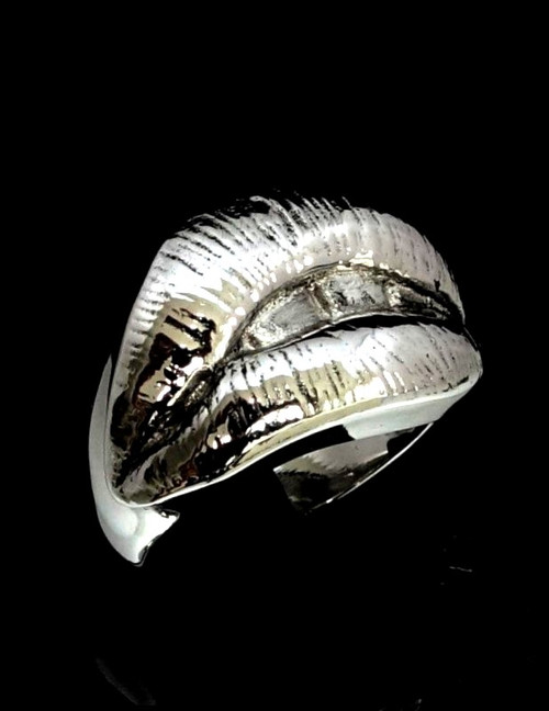 Stunning Sterling silver ring Sexy Kiss Hot Lips Mouth high polished 925 silver