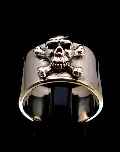 Sterling silver band ring Pirate Skull on Crossed Bones Jolly Roger high polished 925 silver