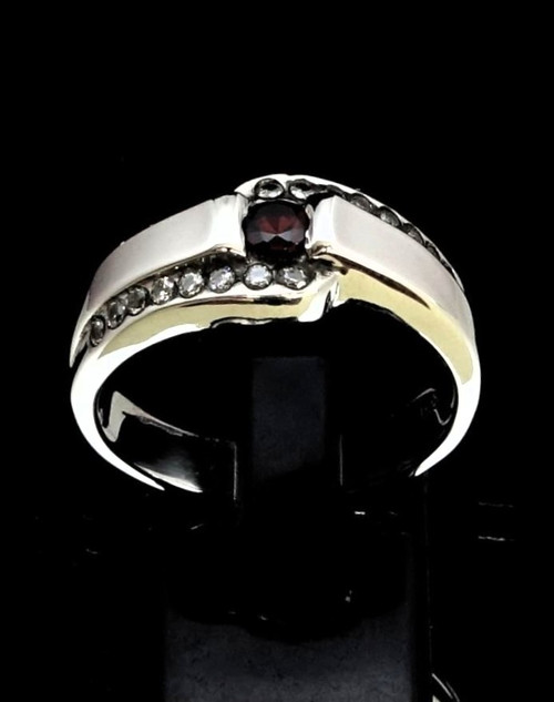 Sterling silver band ring with a Fiery Red CZ and 16 Sparkling White CZ's 925 silver