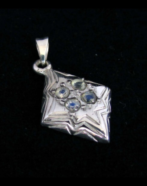 Sterling silver Gemstone Pendant with 4 little sparkling Blue Fire Moonstones high polished 925 silver