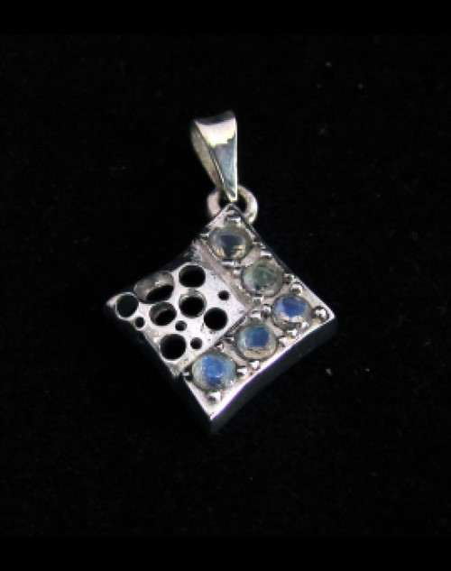 Sterling silver Gemstone pendant with 5 sparkling little Blue Fire Moonstones