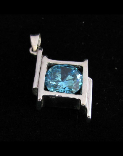 Sterling silver women's Pendant with a Beautiful round cut Light Blue CZ 925 silver