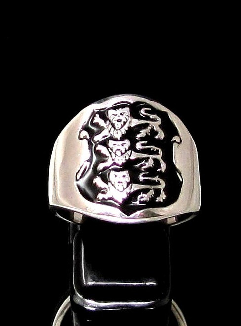Sterling silver English Flag ring Three Lions coat of arms England on Black enamel Shield 925 silver