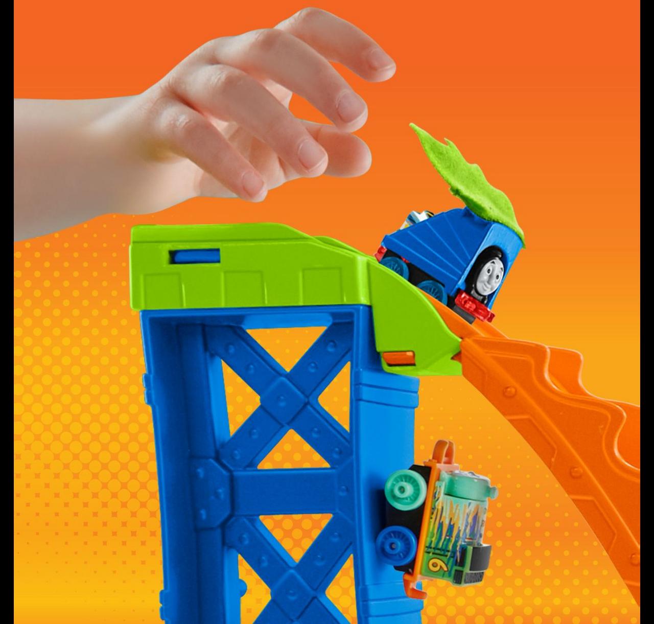 Thomas /& Friends MINIS Target Blast Stunt Set dunk tank