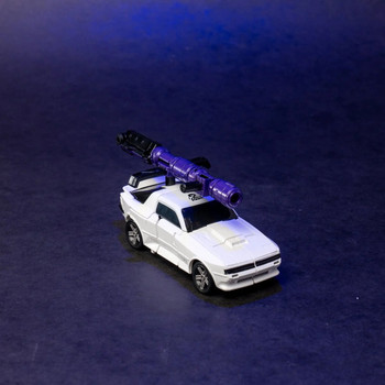 Transformers Generations Selects War for Cybertron Earthrise Deluxe Bug Bite - Exclusive