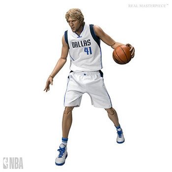NBA Dirk Nowitzki Real Masterpiece 1:6 Scale Action Figure