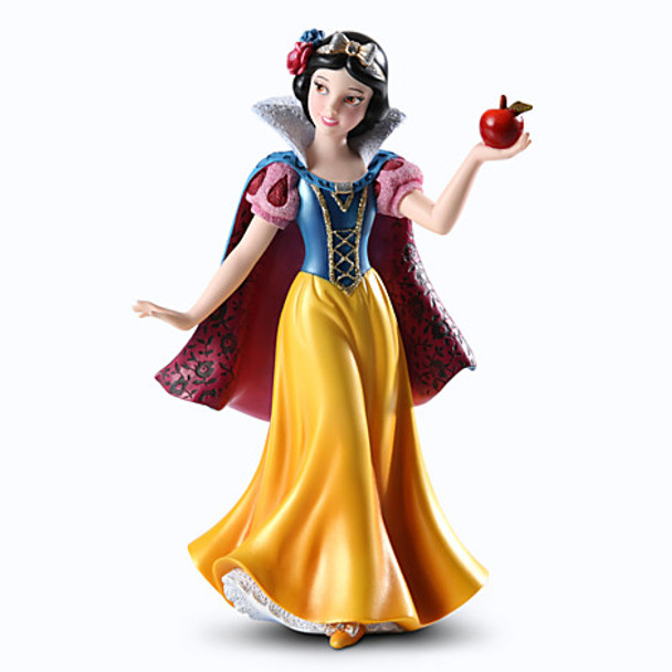 Disney Showcase Snow White Couture de Force Figurine