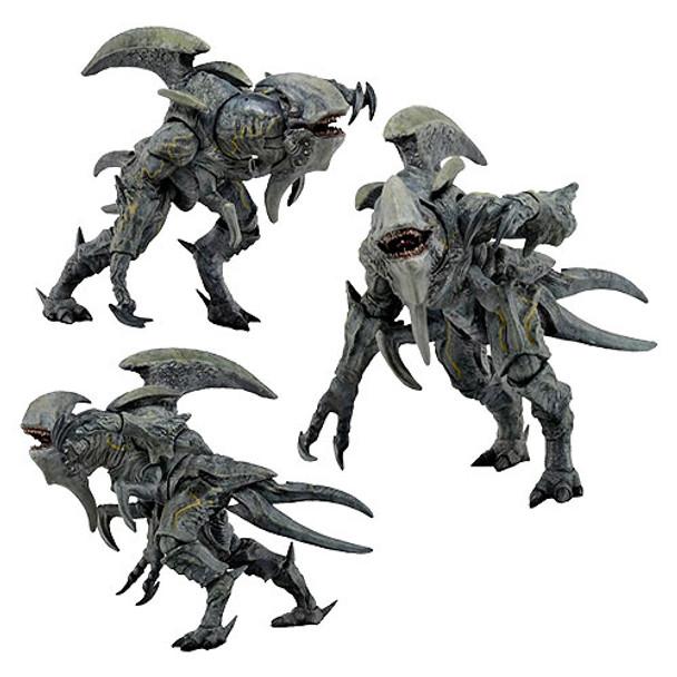 Pacific Rim Kaiju Mutavore 7-Inch Scale Ultra Deluxe Action Figure