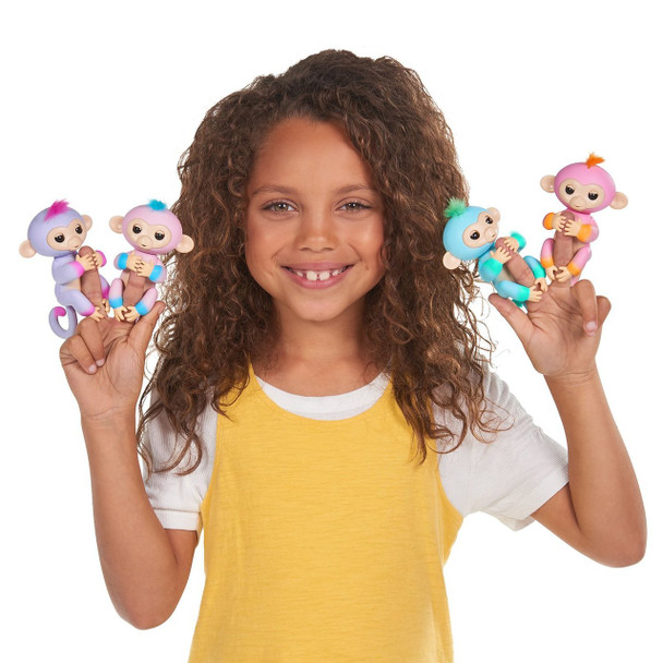Fingerlings 2Tone Monkey - Candi (Pink with Blue accents)