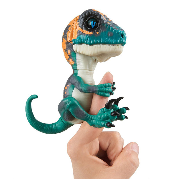 Fingerlings Untamed Dinosaur Fury the Velociraptor Figure (Greenish Blue)