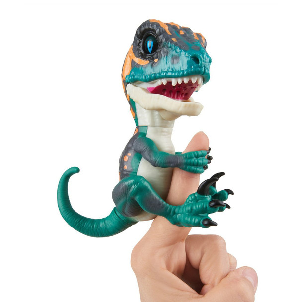 Fingerlings Untamed Dinosaur Fury the Velociraptor Figure (Greenish Blue)