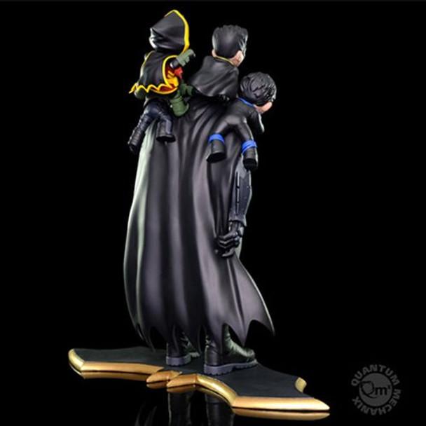 Batman Family Q-Master Diorama Statue