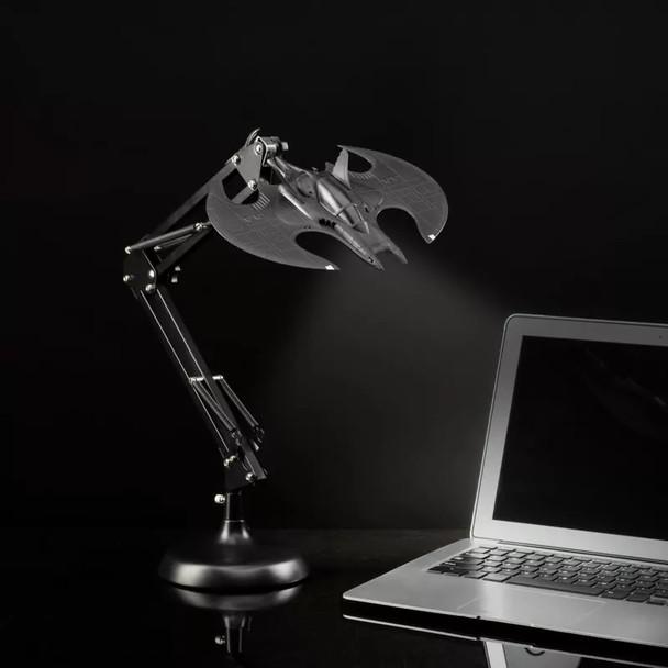 Batwing Posable Desk Light