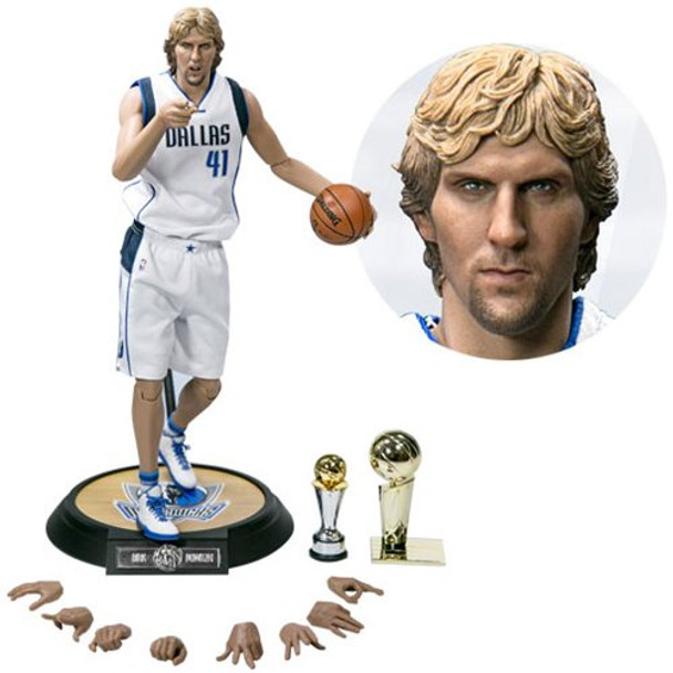 NBA Dirk Nowitzki Real Masterpiece 1:6 Scale Action Figure