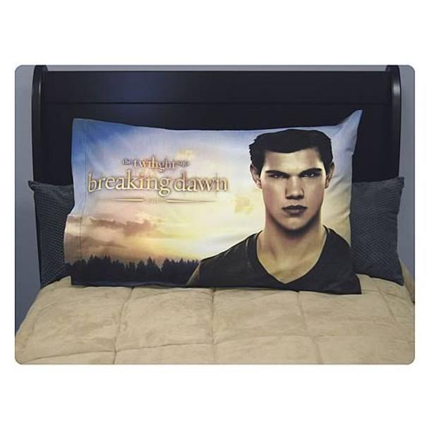 Twilight Breaking Dawn Part 2 Jacob Pillow Case