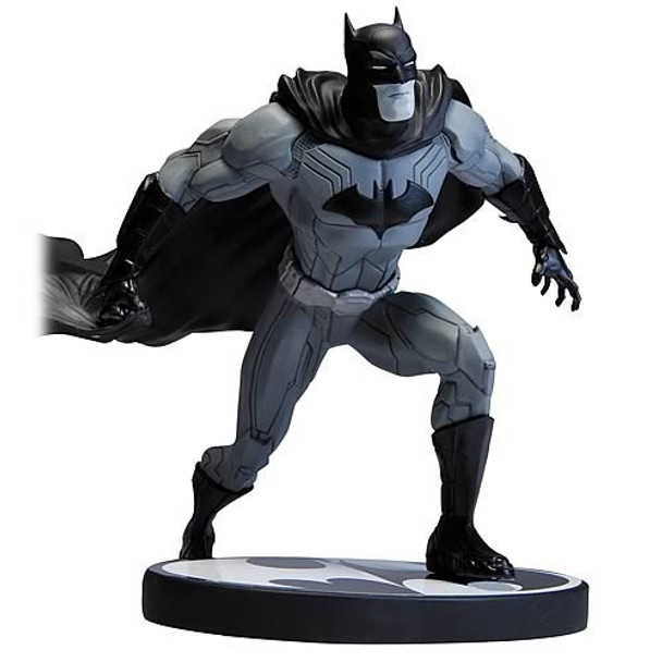 Batman Black and White The New 52 Jim Lee Statue