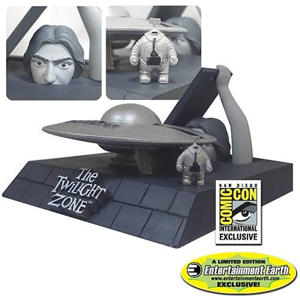 The Twilight Zone The Invaders Diorama - SDCC Exclusive