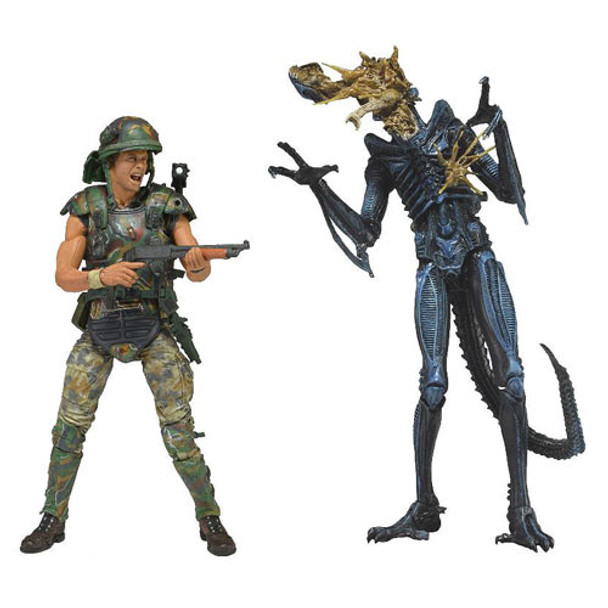 Aliens Hicks Vs. Battle Damaged Blue Warrior Alien Action Figure 2-Pack