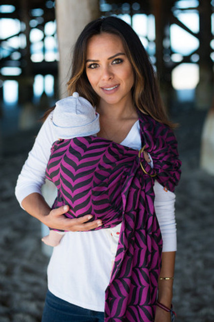Tula Ring Sling, Migaloo Raspberry