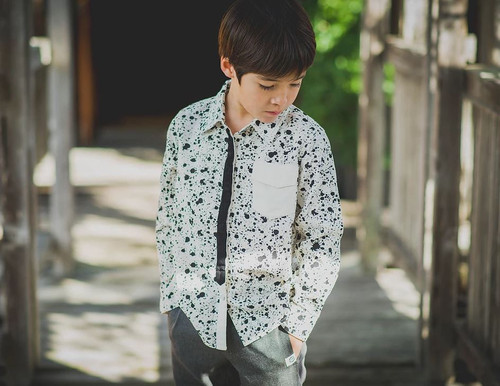 Mini Shatsu Black Tie Paint Splatter Button Down Shirt