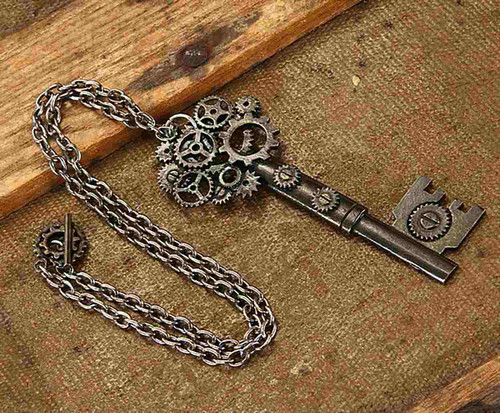 Antique Key Gear Necklace