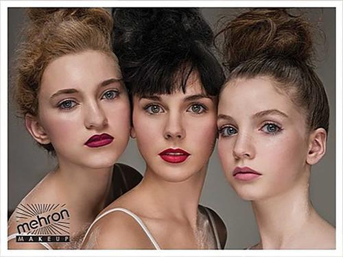 Natural LipGloss Glosstone