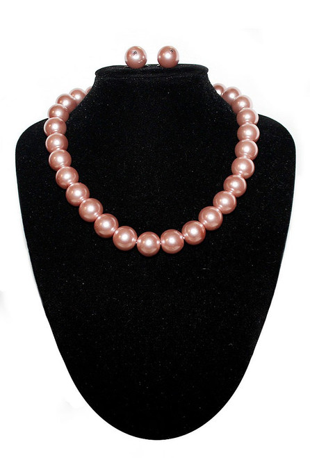 Large Pearls Necklace Pink