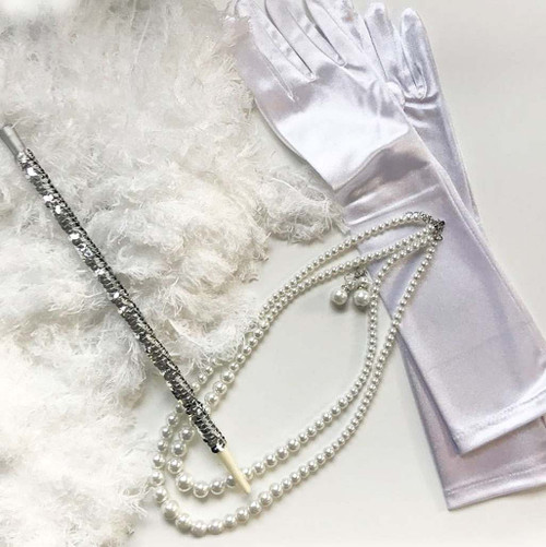 1920s Silver White Woman Kit