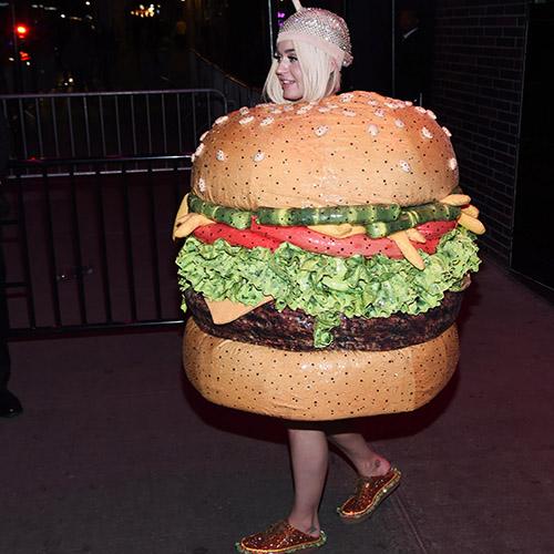 Katy Perry at Met Gala dressed as Giant Hamburger