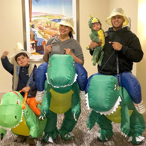 Family costume of the Good Dinosaur