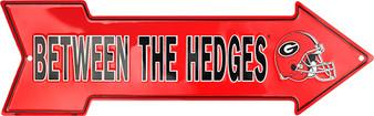 HangTime Georgia Bulldog  Between the Hedges 20 inch arrow sign