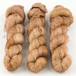 JulieSpins, Cashmere Silk Lace // Mellow Sands at  The Loopy Ewe