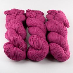 Cascade, Heritage Sock - Solids // 5617 Raspberry