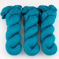 Cascade, Heritage Sock - Solids // 5720 Deep Ocean at  The Loopy Ewe