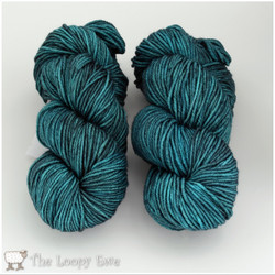 Madelinetosh, Tosh Vintage // Esoteric at  The Loopy Ewe