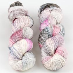 JulieSpins, Silky 435 // Mallow Rose