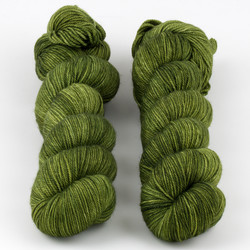 Dream in Color, Smooshy with Cashmere // Shiny Moss at  The Loopy Ewe