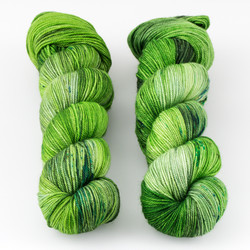 Dream in Color, Smooshy with Cashmere // Leaf, Seed, Bean at  The Loopy Ewe