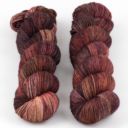 Dream in Color, Smooshy with Cashmere // Pinot B at  The Loopy Ewe