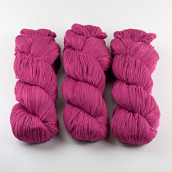 Cascade, Heritage - Silk // 5617 Raspberry