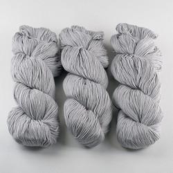 Cascade, Heritage - Silk // 5660 Grey