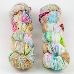 Hedgehog Fibres, Sock Yarn // Macaroon