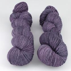 The Uncommon Thread, Posh Fingering // Amethyst