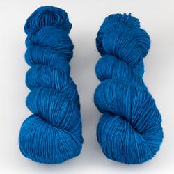 The Uncommon Thread, Posh Fingering // Azurite